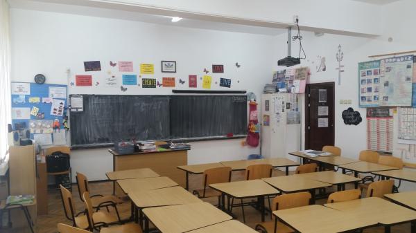 Cabinet Engleza (2)